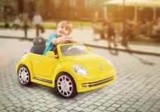 VW Beetle elektromosautó 220a5b94c6